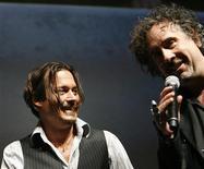 <p>Johnny Depp e Tim Burton alla convention Comic Con Convention a San Diego. REUTERS/Mario Anzuoni (UNITED STATES ENTERTAINMENT)</p>