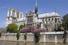 <p>View of Notre Dame Cathedral in Paris from the banks of the river Seine in Paris April 16, 2008. REUTERS/Charles Platiau</p>