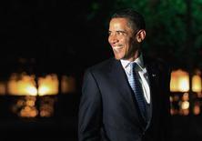 <p>Il presidente americano Barack Obama a Washington mentre rientra alla Casa Bianca. La foto è stata scattata il 31 luglio 2009. REUTERS/Jim Young</p>