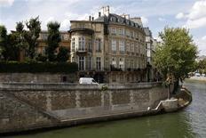 <p>A general view of the Hotel Lambert in Paris, August 21, 2009. REUTERS/Benoit Tessier</p>