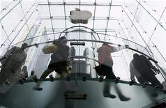 <p>L'Apple store di New York. REUTERS/Lucas Jackson (UNITED STATES BUSINESS)</p>