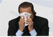 <p>O primeiro-ministro italiano Silvio Berlusconi é tema de documentário na Itália REUTERS/Alessandro Garofalo</p>