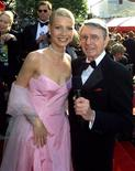 <p>Daily Variety columnist Army Archerd interviews Gwyneth Paltrow as she arrives at the 71st Annual Academy Awards in March 1999. REUTERS/Rose Prouser</p>