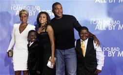"<p>Singer Mary J. Blige, actors Kwesi Boakye, Taraji P. Henson, writer/director/producer/actor Tyler Perry and actor Frederick Siglar (L-R) arrive at the premiere of ""I Can Do Bad All by Myself"" in New York September 8, 2009. REUTERS/Eric Thayer</p>"