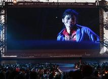 "<p>La proiezione del trailer di ""This Is It"". REUTERS/Gary Hershorn (UNITED STATES ENTERTAINMENT)</p>"