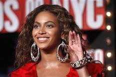 <p>Beyonce agli MTV Video Music Awards a New York. REUTERS/Eric Thayer</p>