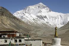 <p>Una immagine dell'Everest. REUTERS/Ang Tshring Sherpa (CHINA TRAVEL ENVIRONMENT)</p>