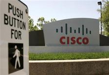 <p>L'insegna di Cisco nella sede di San José. REUTERS/Robert Galbraith (UNITED STATES)</p>