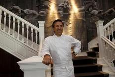 <p>French restaurateur Daniel Boulud poses in this file photo. REUTERS/Gil Cohen Magen</p>