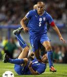 <p>Il capitano della Nazionale Fabio Cannavaro. REUTERS/Giampiero Sposito</p>