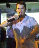 <p>Stephen Gately of the boy band Boyzone speaks to fans at a music store in Bombay in this August 2, 2000 file photo. Gately has been found dead while on holiday in Majorca, BBC reported on October 11, 2009, quoting the group's tour website. REUTERS/Savita Kirloskar/Files</p>