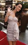 """<p>A atriz Megan Fox posa em evento para fãs do filme """"Jennifer's Body"""", em Hollywood. A atriz norte-americana Megan Fox vai posar de roupa íntima para a grife Emporio Armani, de Georgio Armani, afirmou a marca italiana nesta quarta-feira.16/10/2009.REUTERS/Fred Prouser</p>"""