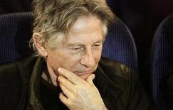 <p>Foto de archivo: el director Roman Polanski aguarda una charla pública en Potsdam, Alemania, feb 19 2009. REUTERS/Hannibal Hanschke (GERMANY)</p>