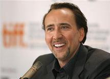 """<p>Foto de archivo del actor Nicolas Cage durante la conferencia de prensa de la película """"Bad Lieutenant: Port Of Call New Orleans"""" en el Festival Internacional de Cine de Toronto, 15 sep 2009. Cage presentó el viernes una demanda por 20 millones de dólares contra su ex administrador de negocios, acusándolo de negligencia y fraude que envió a la estrella del filme """"National Treasure"""" """"a la ruina financiera"""". REUTERS/Mike Cassese</p>"""