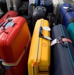 <p>La police de l'Arizona a percé le mystère de la disparition à répétition de bagages à l'aéroport international Sky Harbor de Phoenix en découvrant au domicile d'un couple local un millier de valises et sacs volés. /Photo d'archives/REUTERS/Claro Cortes IV</p>