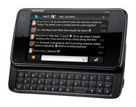 <p>Nokia N900, que começou a ser distribuído nesta terça-feira. Aparelho é o primeiro telefone da Nokia com sistema operacional Linux Maemo.</p>