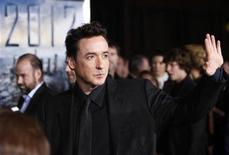 "<p>Cast member John Cusack arrives for the premiere of the film ""2012"" at Regal Cinemas LA Live in downtown Los Angeles, November 3, 2009. REUTERS/Danny Moloshok</p>"