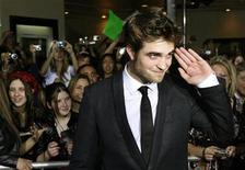 "<p>Actor Robert Pattinson, star of the new film ""The Twilight Saga: New Moon"" poses at the film's Los Angeles premiere November 16, 2009. REUTERS/Fred Prouser</p>"