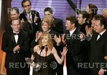<p>Il cast della serie di Csi ad una premiazione. REUTERS</p>