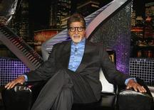 "<p>Bollywood actor Amitabh Bachchan poses for a picture on the sets of television reality show ""Bigg Boss"" in the western Indian state of Maharashtra November 13, 2009. REUTERS/Manav Manglani</p>"