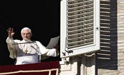 <p>Il Papa questa mattina a San Pietro. REUTERS/Tony Gentile (VATICAN - Tags: RELIGION)</p>