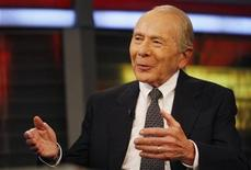 """<p>Hank Greenberg, who was chief executive of Insurer American International Group (AIG) from 1967 until 2005, appears on the Fox News Channel's """"Your Money"""" in New York, September 17, 2008. REUTERS/Mike Segar</p>"""
