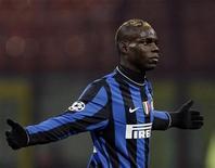 <p>L'attaccante dell'Inter Mario Balotelli. REUTERS/Stefano Rellandini</p>