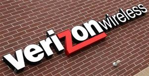 <p>Logo di Verizon Wireless in immagine d'archivio. REUTERS/Rick Wilking</p>
