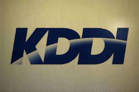 1月28日、KDDIのジュピターテレコム(JCOM)への資本参加をめぐり、法律の解釈で専門家の意見が割れている。写真は2008年11月、KDDIの東京本社で(2010年、ロイター)
