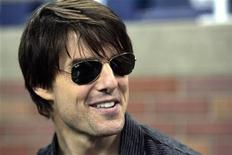 <p>U.S. actor Tom Cruise stands on the sidelines of the field before the start of the NFL football game between the Detroit Lions and the Washington Redskins at Ford Field in Detroit, Michigan September 27, 2009. REUTERS/Rebecca Cook</p>