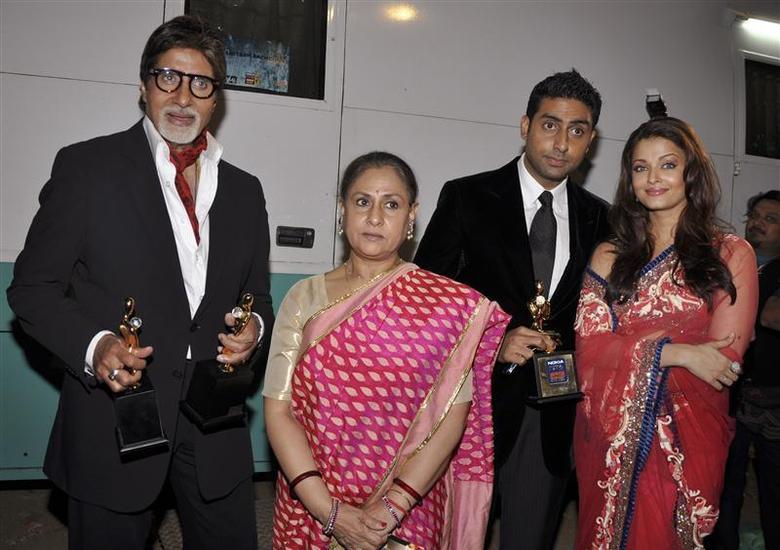 Image result for aishwarya rai and abhishek bachchan amitabh