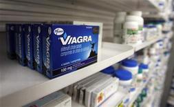 <p>Scatole di Viagra in foto d'archivio. REUTERS/Mark Blinch</p>