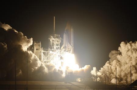 Shuttle launches on one of last missions