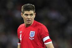 <p>England's Steven Gerrard plays during their international friendly soccer match at Wembley Stadium against Egypt in London , March 3, 2010. REUTERS/ Eddie Keogh</p>