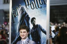 """<p>Actor Daniel Radcliffe arrives for the premiere of the film """"Harry Potter and the Half-Blood Prince"""" in New York July 9, 2009. REUTERS/Lucas Jackson</p>"""