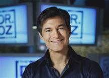 <p>Dr. Oz poses in a photo courtesy of Sony Pictures Television. REUTERS/Handout</p>
