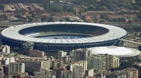 <p>Secretário-geral da Fifa, Jerome Valcke, criticou os atrasos do Brasil na preparação para a Copa do Mundo de 2014 e a demora em obras em estádios, como o Maracanã (foto). REUTERS/Bruno Domingos</p>