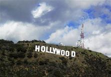 <p>L'insegna di Hollywood. REUTERS/Fred Prouser/Files (UNITED STATES - Tags: ENTERTAINMENT SOCIETY)</p>