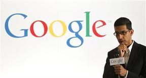 """<p>El jefe del proyecto """"Chrome"""" para Google, Sundar Pichai, se dirige a los medios en una conferencia en la muestra de computadoras personales Computex 2010, en Taipei. Jun 2 2010. Google espera lanzar su sistema operativo para computadoras Chrome a """"finales del otoño"""" boreal, dijo el miércoles un importante ejecutivo de la firma tecnológica, que apunta a competir con Windows REUTERS/Pichi Chuang</p>"""