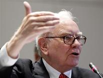 <p>Chairman and Chief Executive Officer of Berkshire Hathaway Warren Buffett testifies before the Financial Crisis Inquiry Commission during a public hearing in New York in this June 2, 2010 file photo. REUTERS/Shannon Stapleton/File</p>