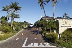 <p>General view of one of the entrances of the Pezula resort at Knysna, near Cape Town June 7, 2010. France's national soccer team is staying in the hotel. REUTERS/Charles Platiau</p>