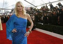 <p>Actress Nicolette Sheridan arrives at the 15th annual Screen Actors Guild Awards in Los Angeles, California January 25, 2009. REUTERS/Mario Anzuoni</p>