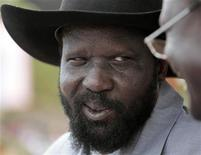 <p>رئيس جنوب السودان سلفا كير في صورة التقطت بجنوب السودان يوم 6 ابريل نيسان 2010. تصوير: جوران توماسيفيتش - رويترز</p>