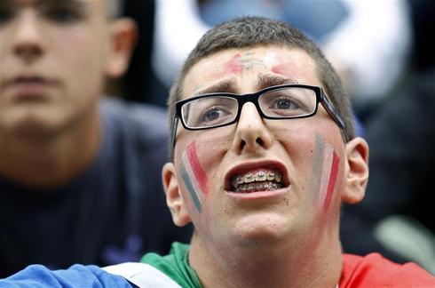 World Cup TV addicts