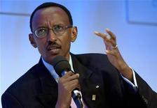 <p>President of Rwanda Paul Kagame speaks at the Clinton Global Initiative forum in New York September 17, 2005. REUTERS/ Chip East</p>