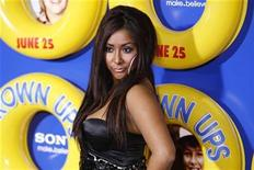 """<p>Nicole """"Snooki"""" Polizzi of reality television program """"Jersey Shore"""" arrives as a guest for the premiere of the film """"Grown Ups"""" in New York June 23, 2010. REUTERS/Lucas Jackson</p>"""