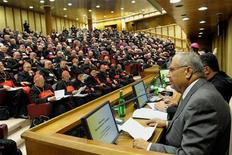 <p>Muhammad Al-Sammak (R), political adviser to the mufti of Lebanon, addresses the audience during the synod for the Middle East bishops at the Paul VI Hall at the Vatican, October 14, 2010. REUTERS/Osservatore Romano</p>