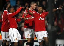 <p>Nani, do Manchester United, comemora gol em vitória sobre o Bursapor. REUTERS/Phil Noble</p>