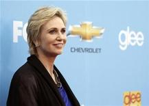 "<p>Cast member Jane Lynch poses at the premiere for the second season of the television series ""Glee"" at Paramount studios in Los Angeles September 7, 2010. REUTERS/Mario Anzuoni</p>"