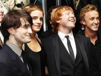 "<p>Actors (L-R) Daniel Radcliffe, Emma Watson, Rupert Grint and Tom Felton pose at the premiere of ""Harry Potter and the Deathly Hallows: Part 1"" in New York in this November 15, 2010 file photo. REUTERS/Shannon Stapleton</p>"